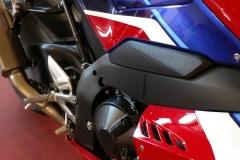 Honda-CBR-1000RR-Fireblade-07