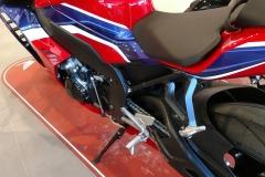 Honda-CBR-1000RR-Fireblade-12