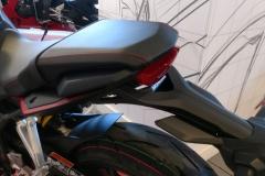 Honda-CBR-650R-04