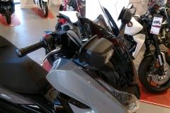 Honda-Forza-300-Limited-Edition-05