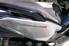 Honda-Forza-300-Limited-Edition-Exterior-01