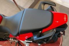 Honda-VFR800F-01