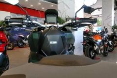 Honda X-ADV Color Verde Mate Metálico Armoured