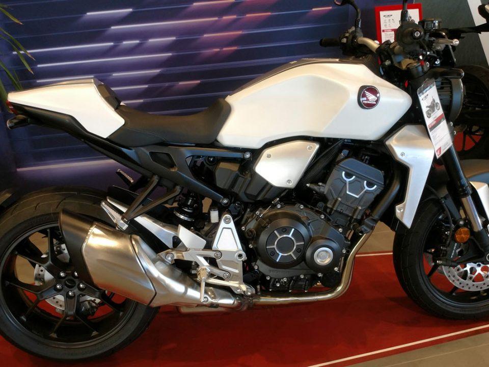Honda CB1000R+ en Servihonda.