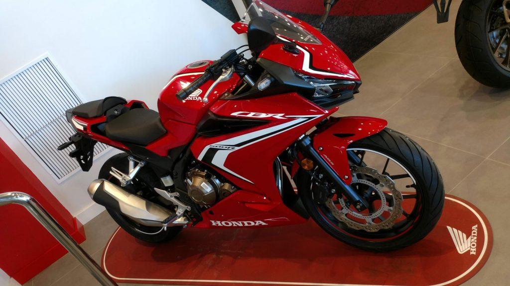 Honda CBR 500R Color Rojo Grand Prix en Servihonda.
